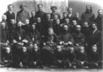 Томский архиерейский хор со святителем Макарием (Невским).  Фото 1900 года.