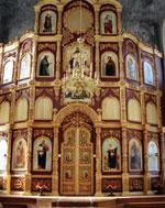 Новосооруженный иконостас Воскресенской церкви.
