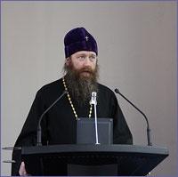 Архиепископ Томский и Асиновский Ростислав принял участие во встрече с членами семей сотрудников УВД, погибших при исполнении служебных обязанностей