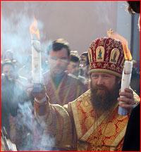 Сегодня в Томск доставят Благодатный огонь