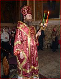 Архиепископ Ростислав совершил Божественную литургию в Петропавловском соборе г.Томска