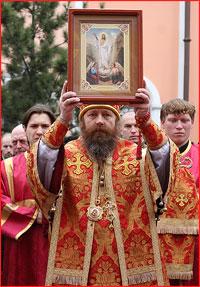 На молебен в защиту Церкви в Томске собралось более 3000 человек