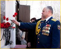 В годовщину аварии на Чернобыльской АЭС томичи молитвенно помянули погибших ликвидаторов и помолились о здравии живых