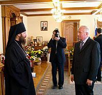 Архиепископ Ростислав поздравил Губернатора Томской области с Днем рождения