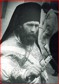 Святейший Патриарх поздравил архиепископа Ростислава со  знаменательной датой