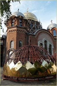 Архиепископ Ростислав совершил Всенощное бдение и Божественную литургию в Петропавловском соборе г. Томска