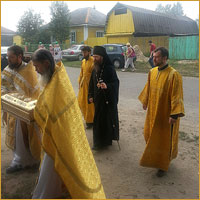 Архиепископ Ростислав совершил Божественную литургию в с.Самусь