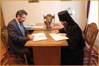 10 августа состоялось подписание соглашения о сотрудничестве между Томской епархией и Департаментом по культуре Томской области.