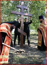 8 сентября 2012 г. было совершено освящение места для строительства храма в честь Новомучеников и исповедников Российских на Томской Голгофе — Каштачной горе