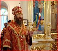 Архиепископ Ростислав совершил пасхальные Вечерню и Утреню в Свято-Воскресенском храме г.Томска