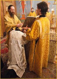 Архиепископ Ростислав совершил Божественную литургию в Богоявленском соборе г.Томска