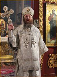 Архиепископ Ростислав совершил Божественную литургию в Петропавловском соборе Томска