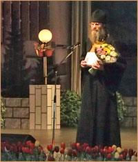 Руководитель отдела социального  служения Томской епархии удостоен звания «Человек года-2012»