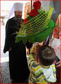 Митрополит Ростислав совершил богослужение в Знаменской церкви г.Томска