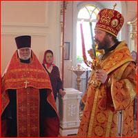 Митрополит Ростислав возглавил богослужение в Воскресенской церкви г.Томска