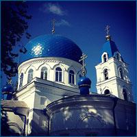 В праздник Пятидесятницы митрополит Ростислав возглавил богослужения в Свято-Троицкой церкви г.Томска