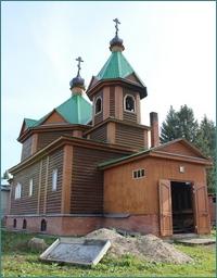 Митрополит Ростислав посетил строящийся храм в с.Новорождественское