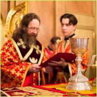Митрополит Томский и Асиновский Ростислав совершил Божественную литургию святого апостола Иакова