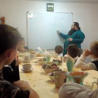 1 декабря в Асино возобновились занятия в Воскресной школе Покровского храма
