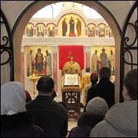 В храме Богородице-Алексиевского монастыря совершена Божественная литургия на древнегреческом языке