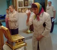 Ковчег с мощами святителя Луки Крымского доставлен в больницы Томска