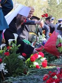 Во всех храмах Томской епархии прошли заупокойные богослужения в память о всех Победы ради потрудившихся в годы Великой Отечественной Войны