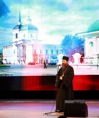 Митрополит Ростислав благословил участников международного кинофестиваля «Золотой Витязь» в Томске