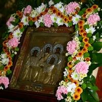 Церковь празднует Пятидесятницу – сошествие Святого Духа на апостолов
