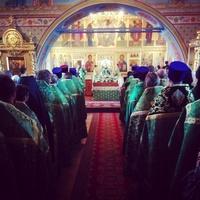 Шесть архиереев соборно совершили Божественную литургию в праздник св. праведного старца Феодора в Томске