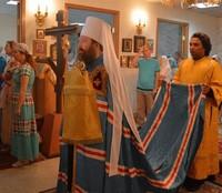 Митрополит Ростислав совершил Божественную литургию в храме св. преподобномученицы Елисаветы в томском Кардиоцентре