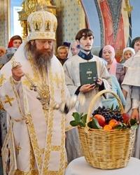 В праздник Преображения Господня митрополит Ростислав возглавил богослужения в Богоявленском соборе Томска