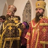Архиереи Томской митрополии совершили Всенощное бдение в кафедральном Богоявленском соборе Томска