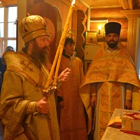 Митрополит Ростислав совершил Божественную литургию в пос. Зональная Станция