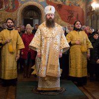 Епископ Силаун совершил Литургию в Богоявленском соборе