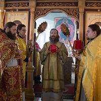 Митрополит Ростислав совершил Божественную литургию в с.Ново-Кусково