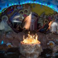Томск вновь украсился снежными Рождественскими вертепами