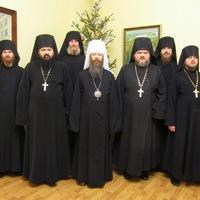 Братия Богородице-Алексиевского монастыря поздравила митрополита Ростислава с Рождеством Христовым