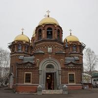 В Светлый понедельник митрополит Ростислав совершил Божественную литургию в Петропавловском  соборе