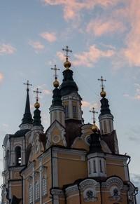 Митрополит Ростислав совершил вечерню в Воскресенской церкви г.Томска