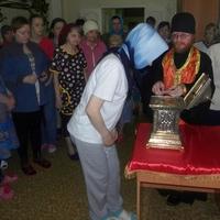 В Никольский храм при Томской областной психиатрической больнице были принесены мощи святителя Николая Чудотворца
