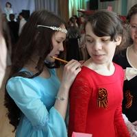 В Неделю святых Жен-мироносиц, в Губернаторском колледже культуры состоялся Второй Пасхальный бал для юношества и подростков Градо-Томского благочиния