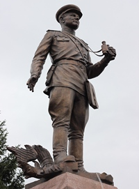Митрополит Ростислав принял участие в открытии памятника первому коменданту Рейхстага