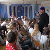 Школьники Синего Утёса познакомились с фотовыставкой о Томской духовной семинарии