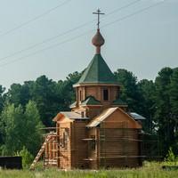 Продолжаются строительные работы в храме святителя Николая д. Губино