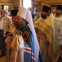 Митрополит Ростислав совершил Божественную литургию в с.Заварзино