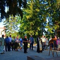 В день памяти царственных страстотерпцев в Сквере памяти жертвполитических репрессий состоялись молебен и траурный митинг
