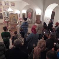 Икона Божьей Матери «Троеручица» принесена в с. Моряковский Затон