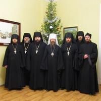 Насельники Богородице-Алексиевского монастыря поздравили митрополита Ростислава с Рождеством Христовым