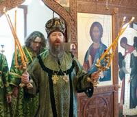 Митрополит Ростислав совершил Литургию в храме преподобного Серафима Саровского г. Северска