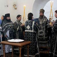Архиерейское служение в день памяти великомученика Феодора Тирона